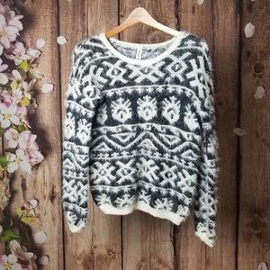 Bethany Mota  fuzzy black and white sweater size S